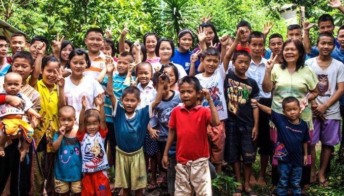 Orfanato Safe Haven equipo